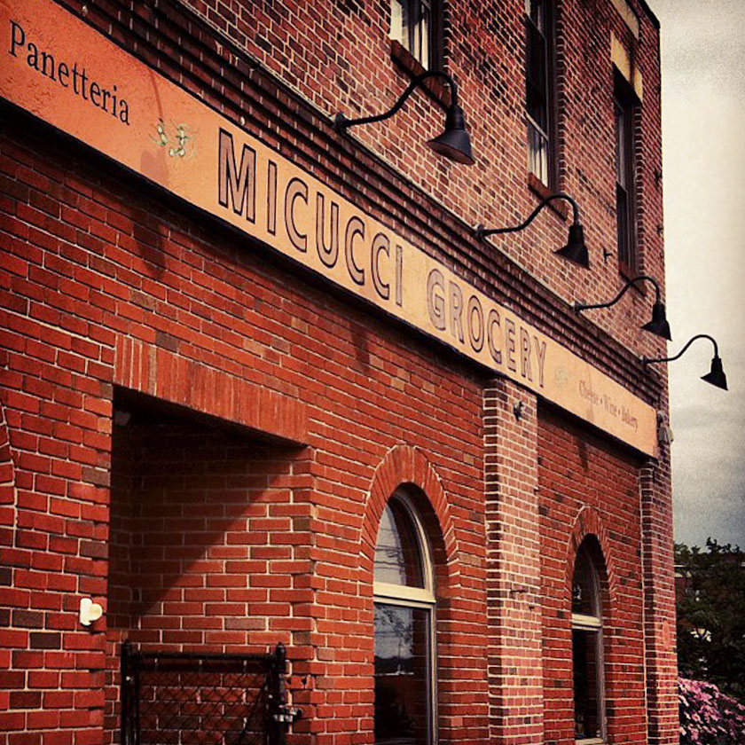 Micucci Grocery / Maine